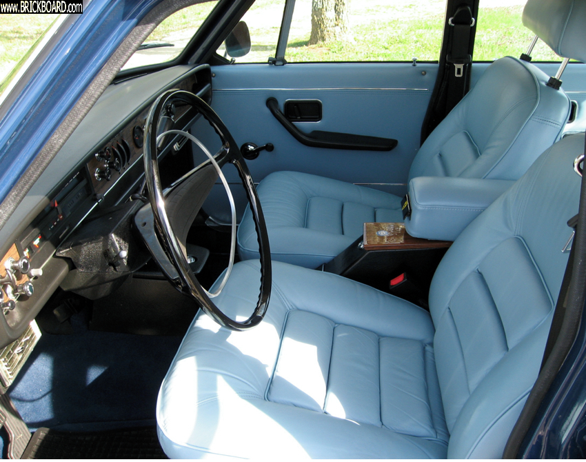 Volvo 140-160 -- My 1969 164 interior